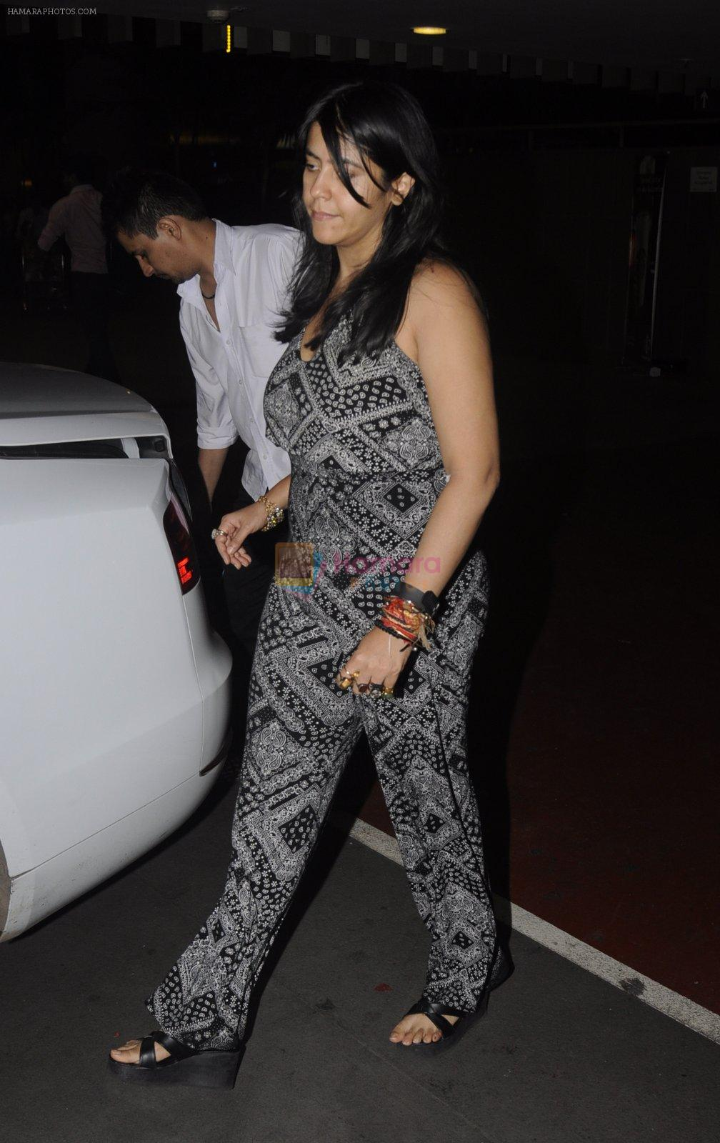 Ekta Kapoor snapped at airport on 12th Oct 2016