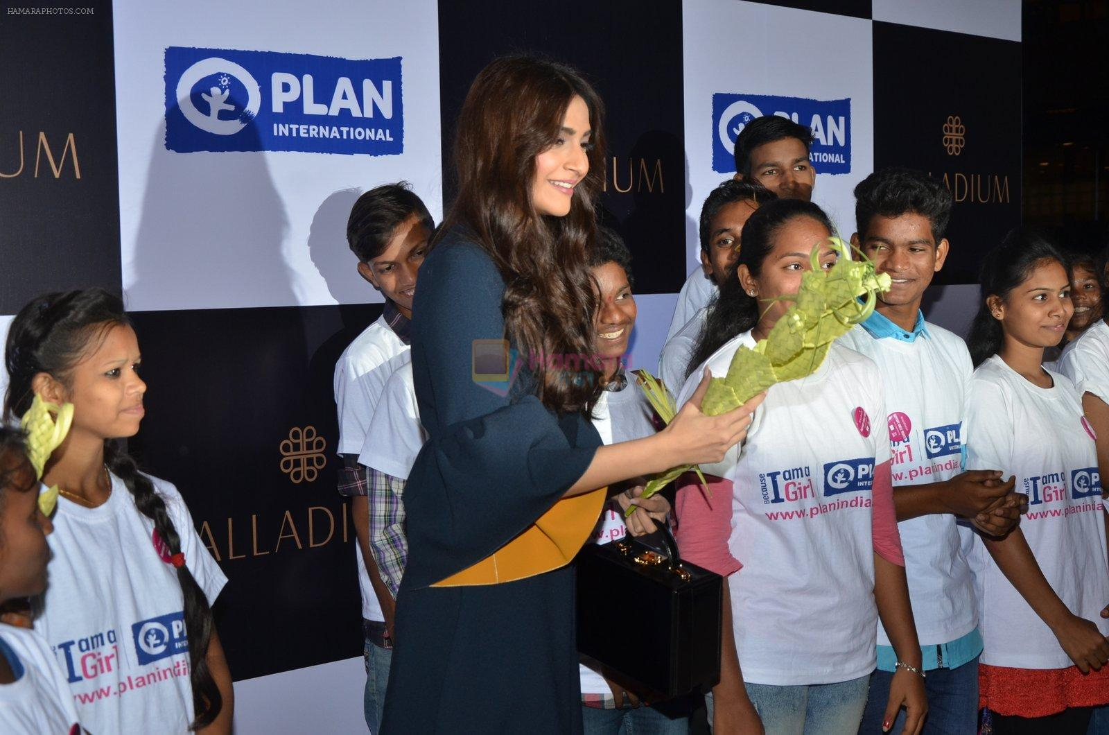 Sonam Kapoor at plan india event on 13th Oct 2016