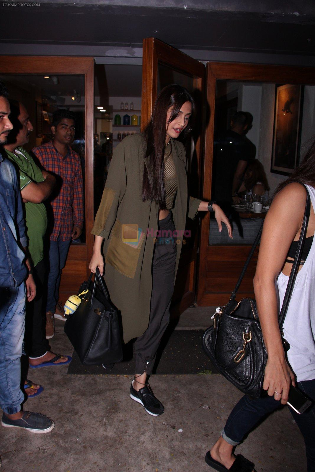 Sonam Kapoor snapped on 12th Oct 2016