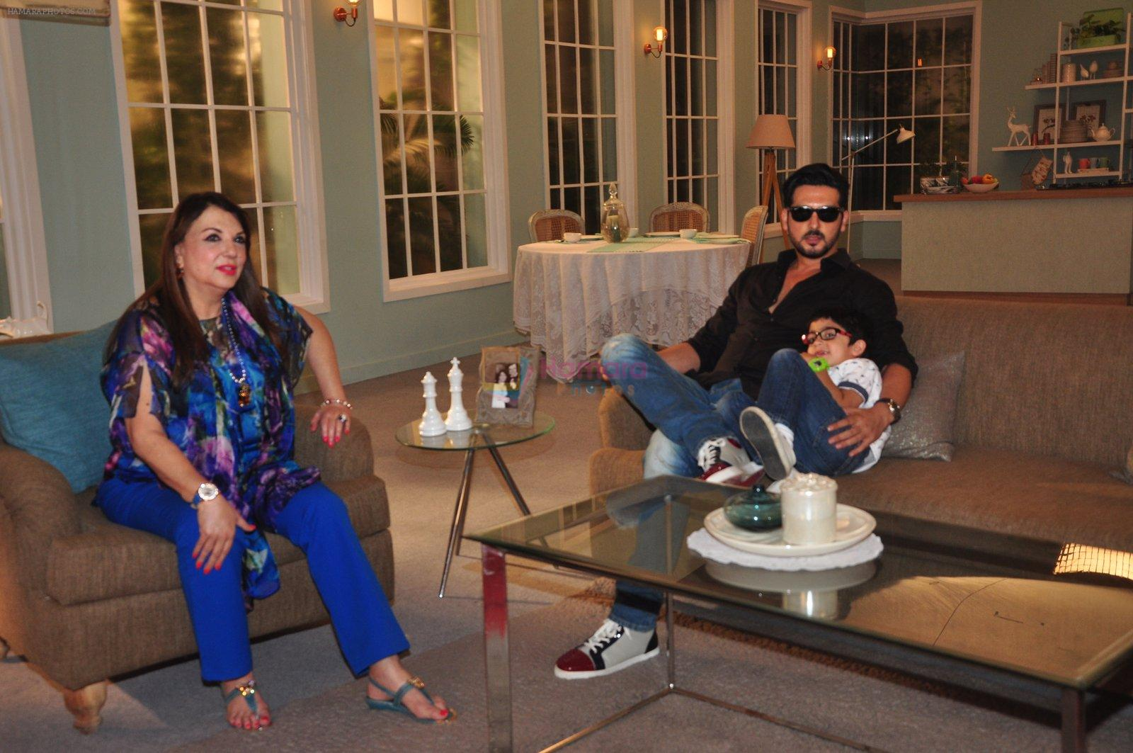Zayed Khan on the sets of his mom's food show on 13th Oct 2016