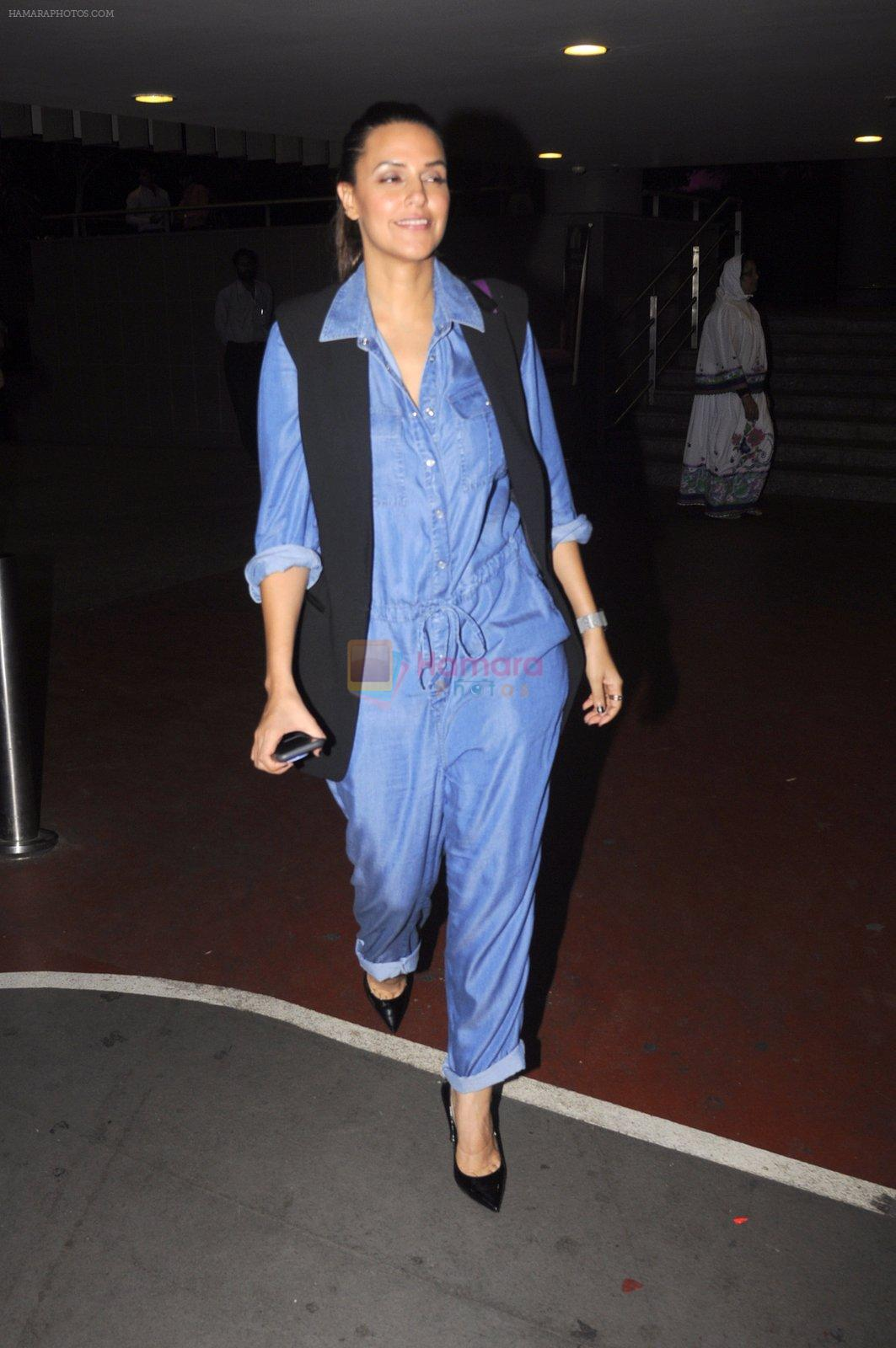 Neha Dhupia snapped at airport on 13th Oct 2016