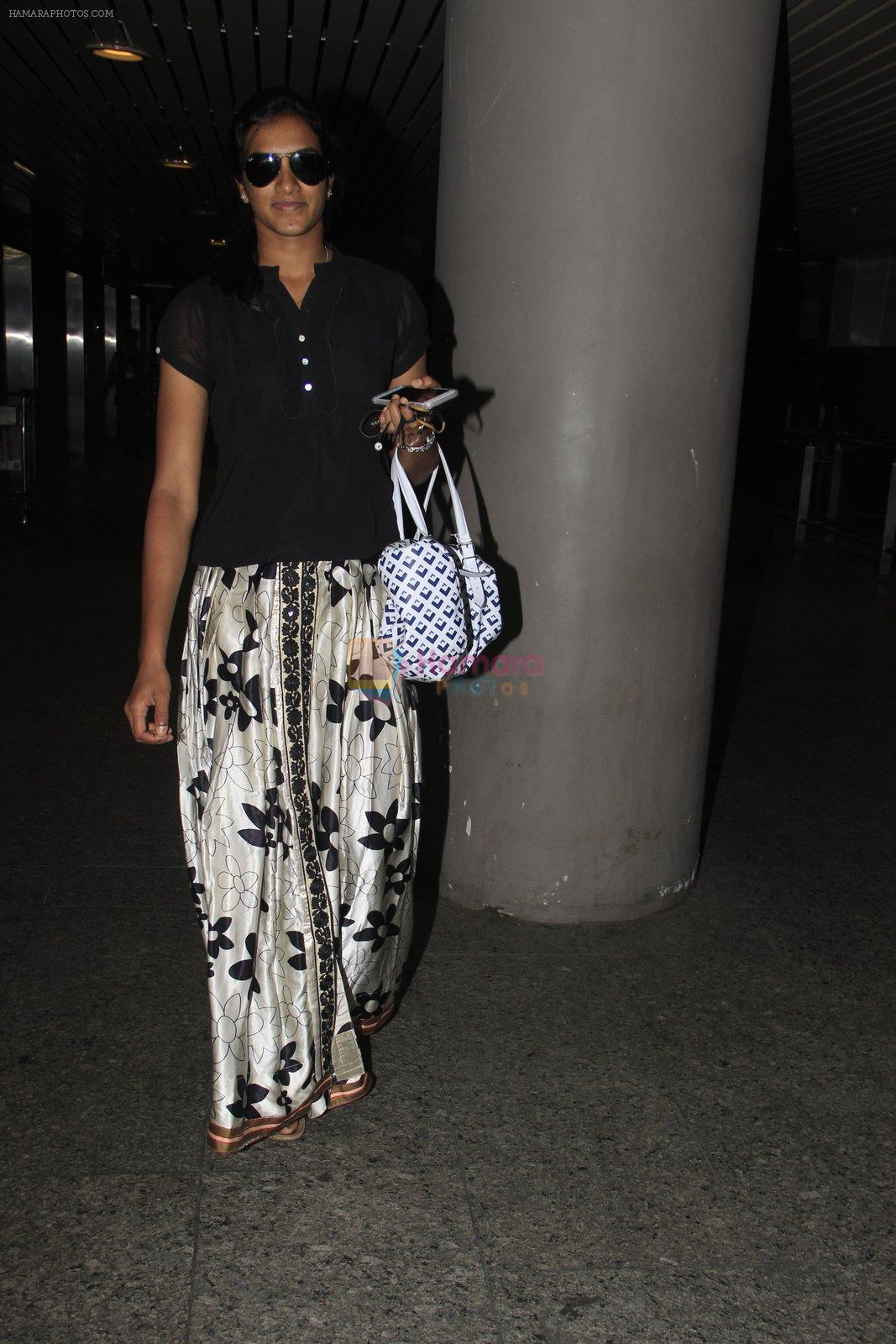 PV Sindhu snapped at airport on 14th Oct 2016