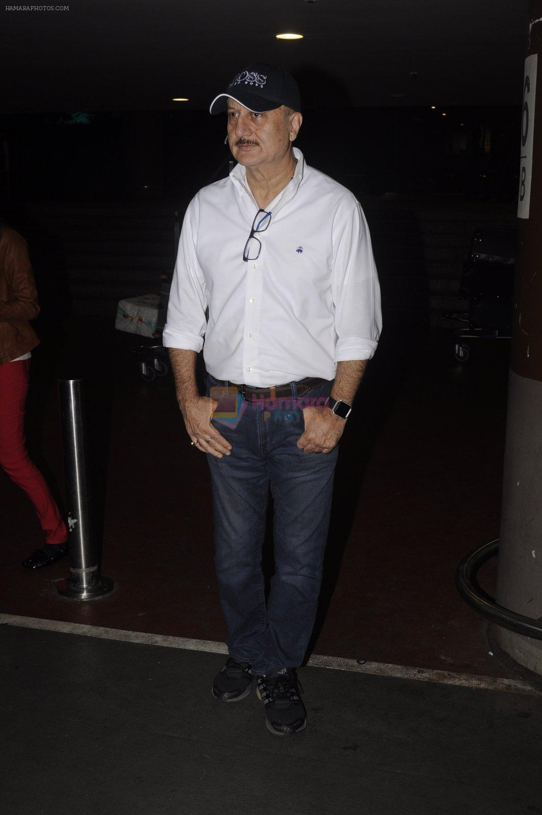 Anupam Kher snapped at airport on 14th Oct 2016