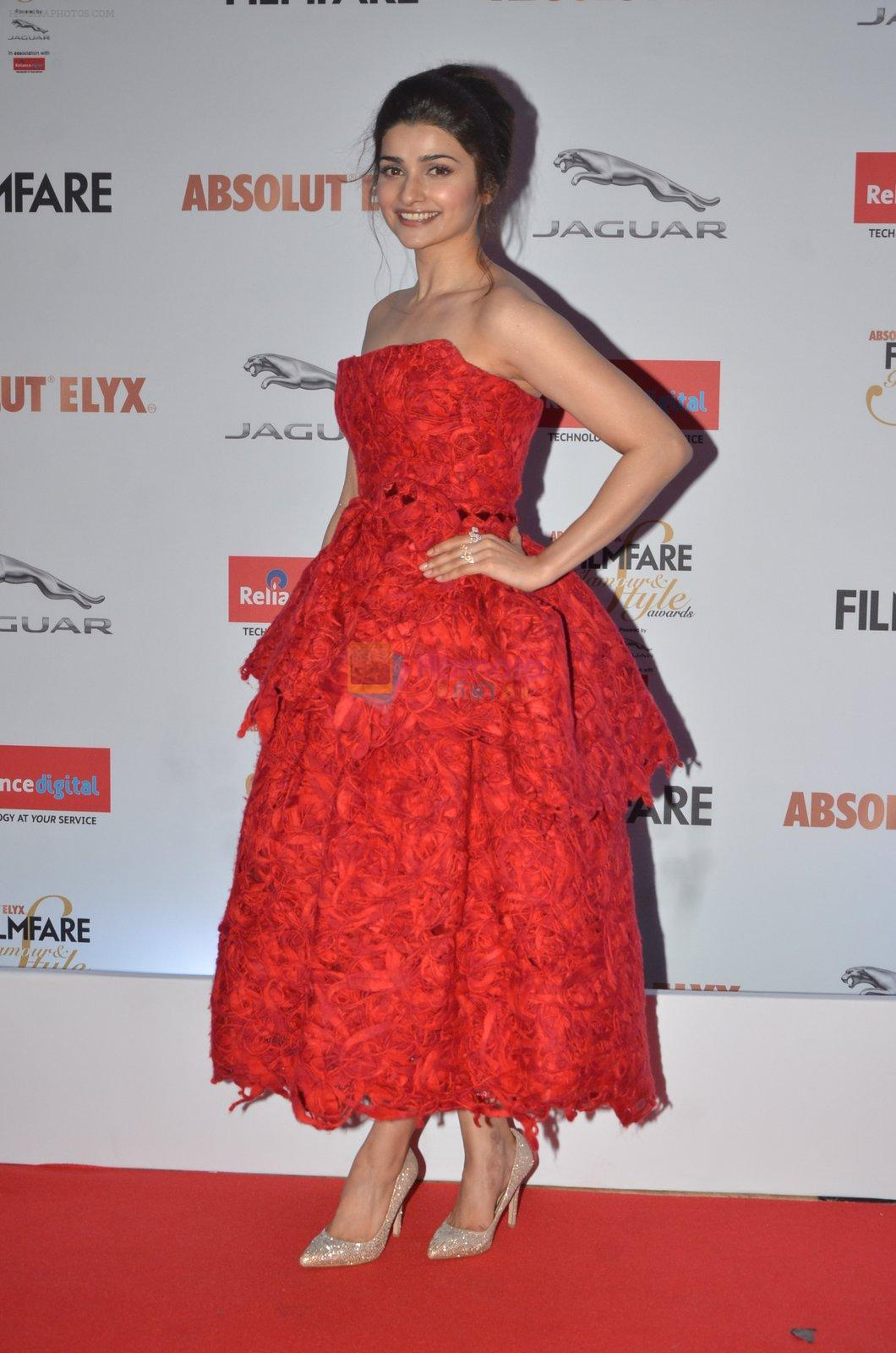 Prachi Desai at Filmfare Glamour & Style Awards 2016 in Mumbai on 15th Oct 2016