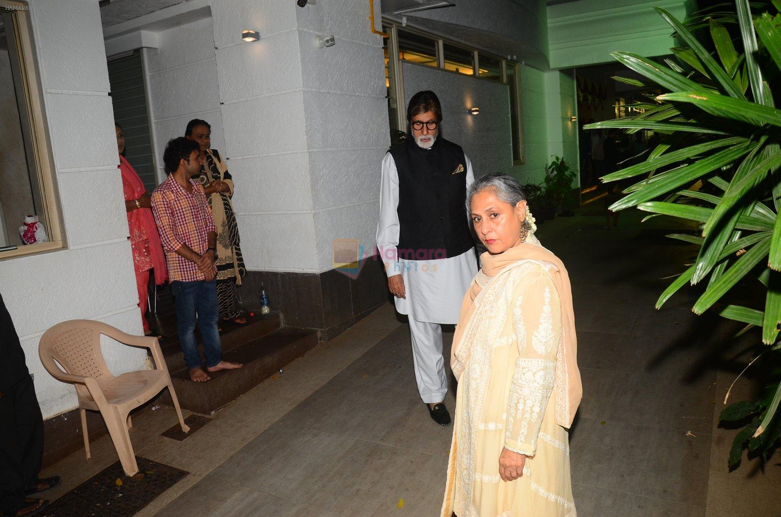 Jaya Bachchan at Hema Malini's bday party on 16th Oct 2016