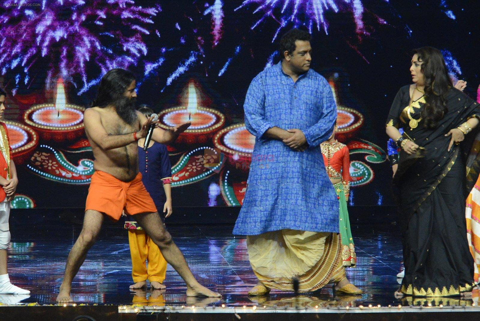 Baba Ramdev on the sets of Super Dancer on 16th Oct 2016