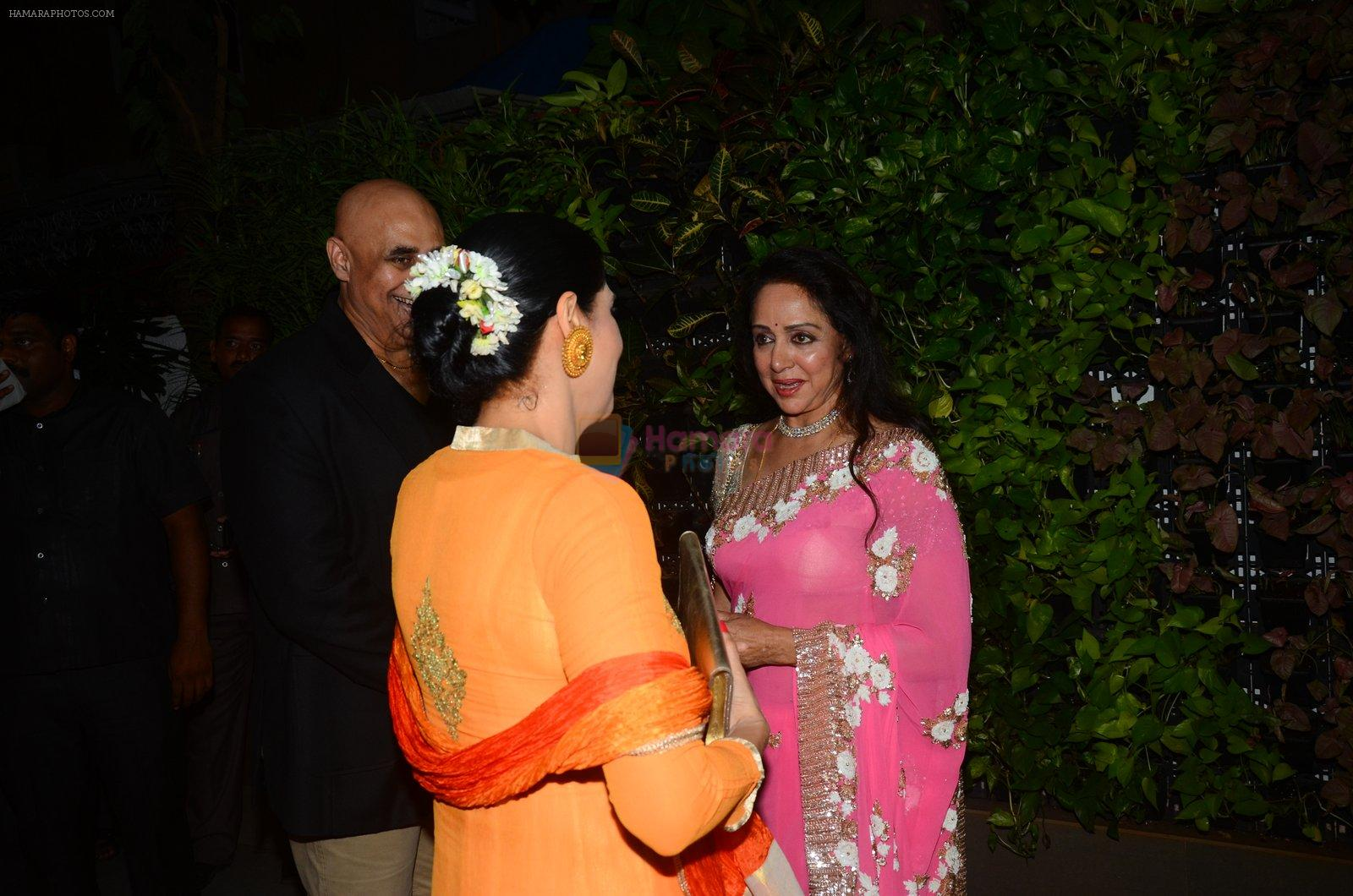 Hema Malini's bday party on 16th Oct 2016
