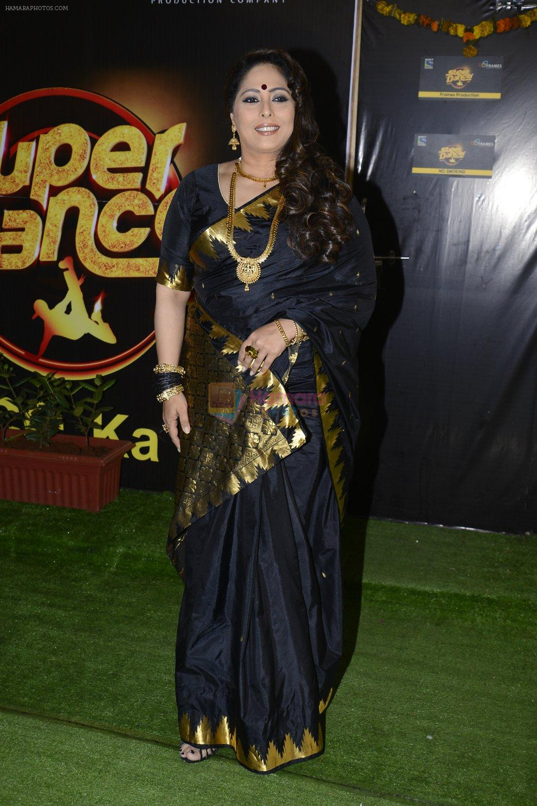 Geeta Kapur on the sets of Super Dancer on 16th Oct 2016