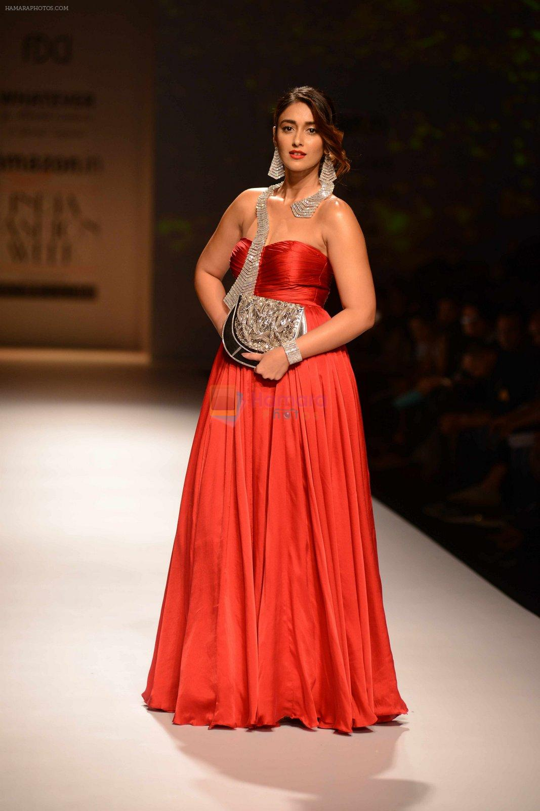 Ileana D Cruz walks for Abhishek Kankaria and shruti Tapuria at amazon day 5 on 16th Oct 2016