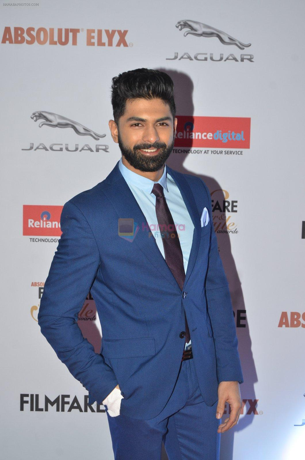 Taaha Shah at Filmfare Glamour & Style Awards 2016 in Mumbai on 15th Oct 2016