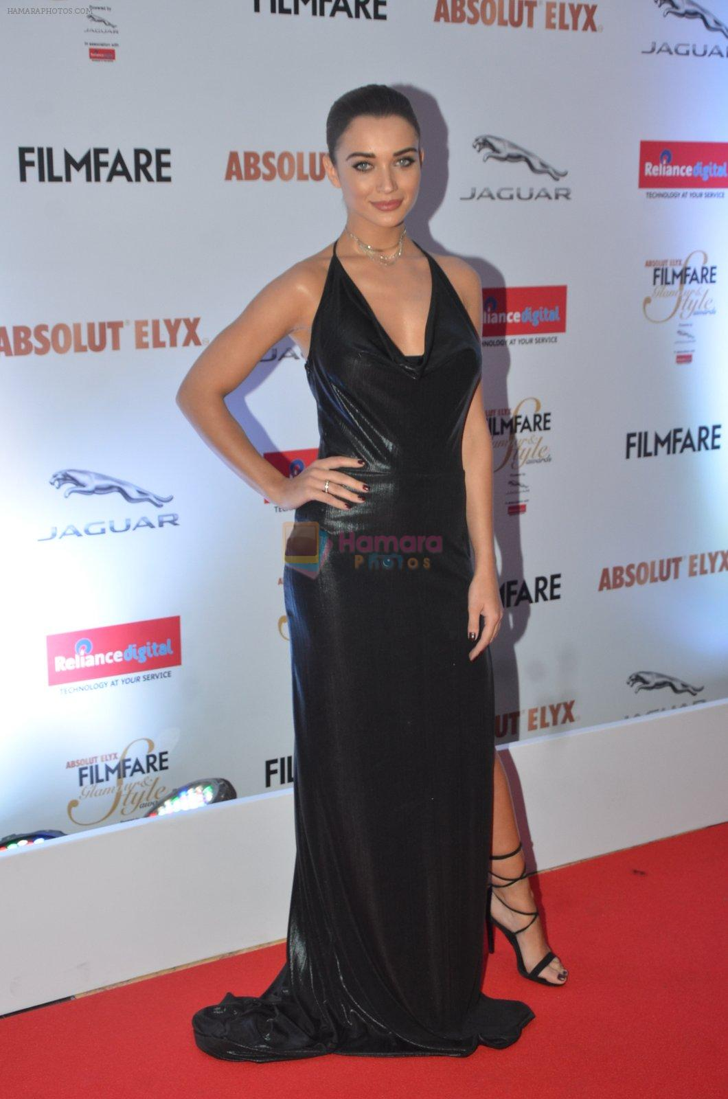 Amy Jackson at Filmfare Glamour & Style Awards 2016 in Mumbai on 15th Oct 2016