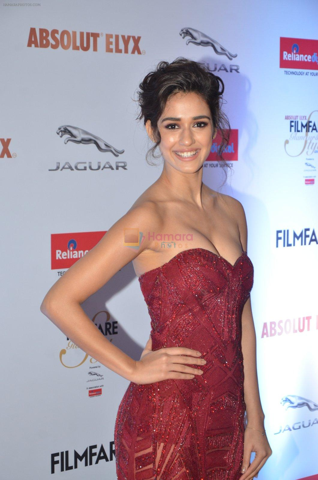 Disha Patani at Filmfare Glamour & Style Awards 2016 in Mumbai on 15th Oct 2016