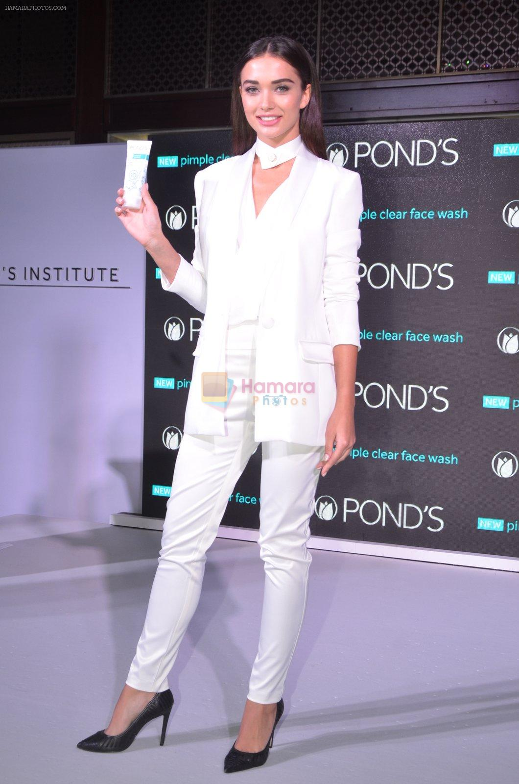 Amy Jackson at Ponds Institute new products launch in four Seasons, Worli on 17th Oct 2016