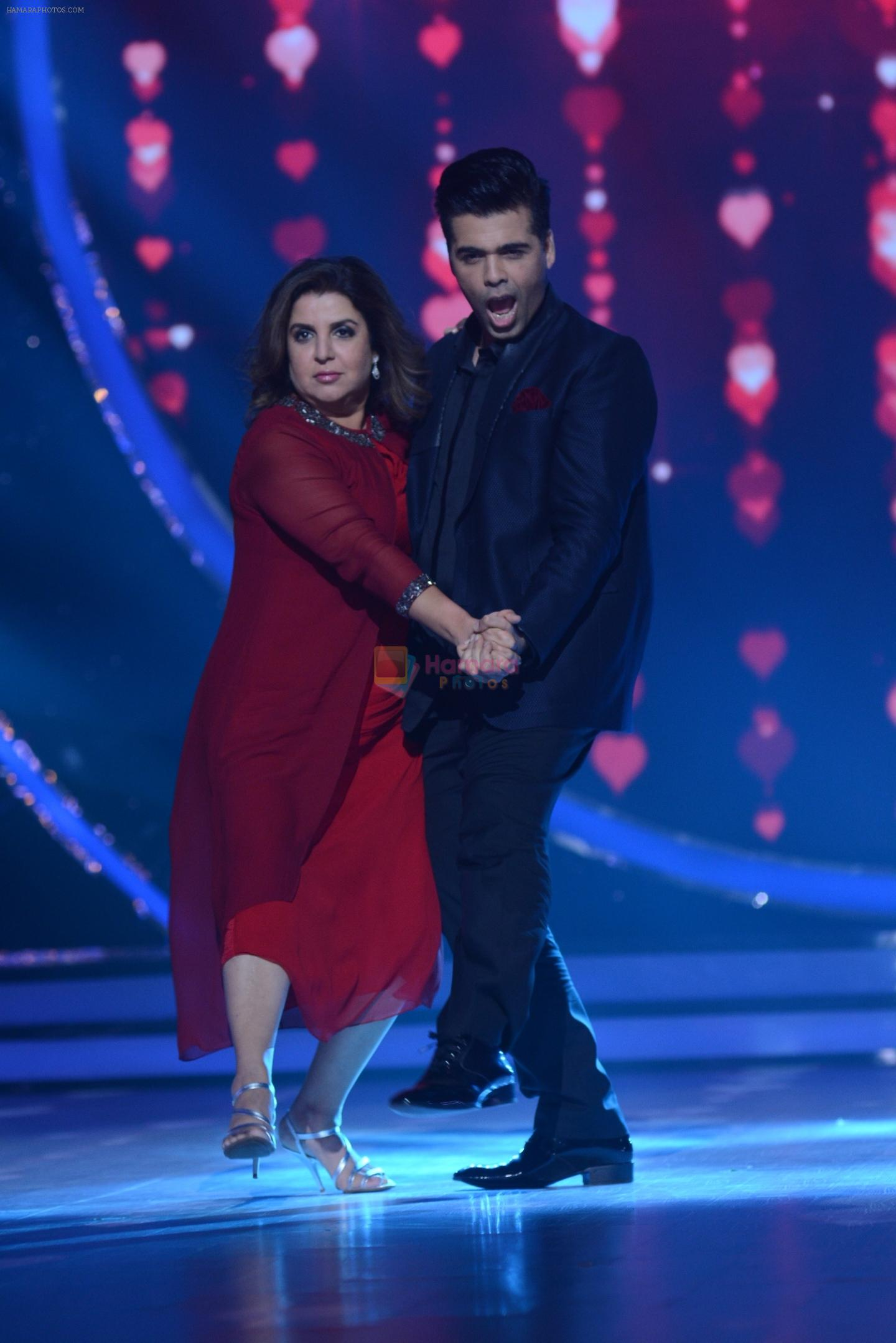 Karan Johar, Farah Khan on the sets of Jhalak Dikhhla Jaa for the promotion of his upcoming movie Ae Dil Hai Mushkil on 17th Oct 2016