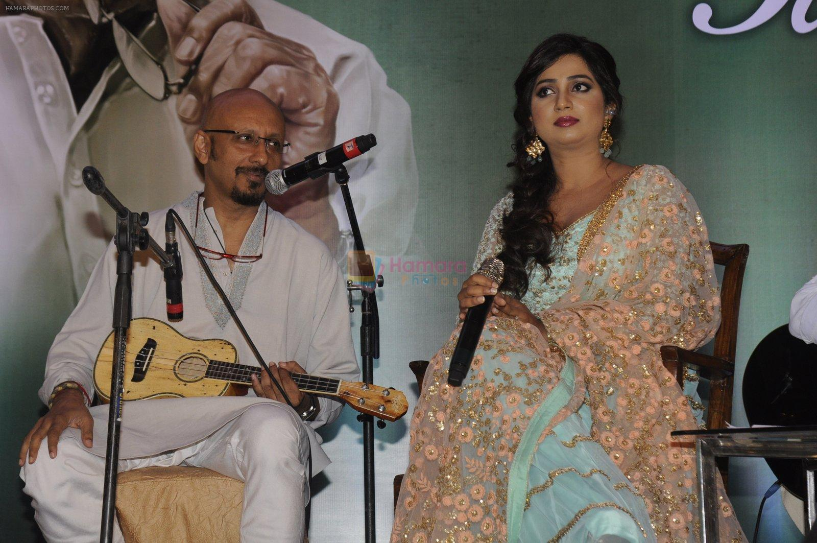 Shreya Ghoshal at Gulzar album launch on 18th Oct 2016