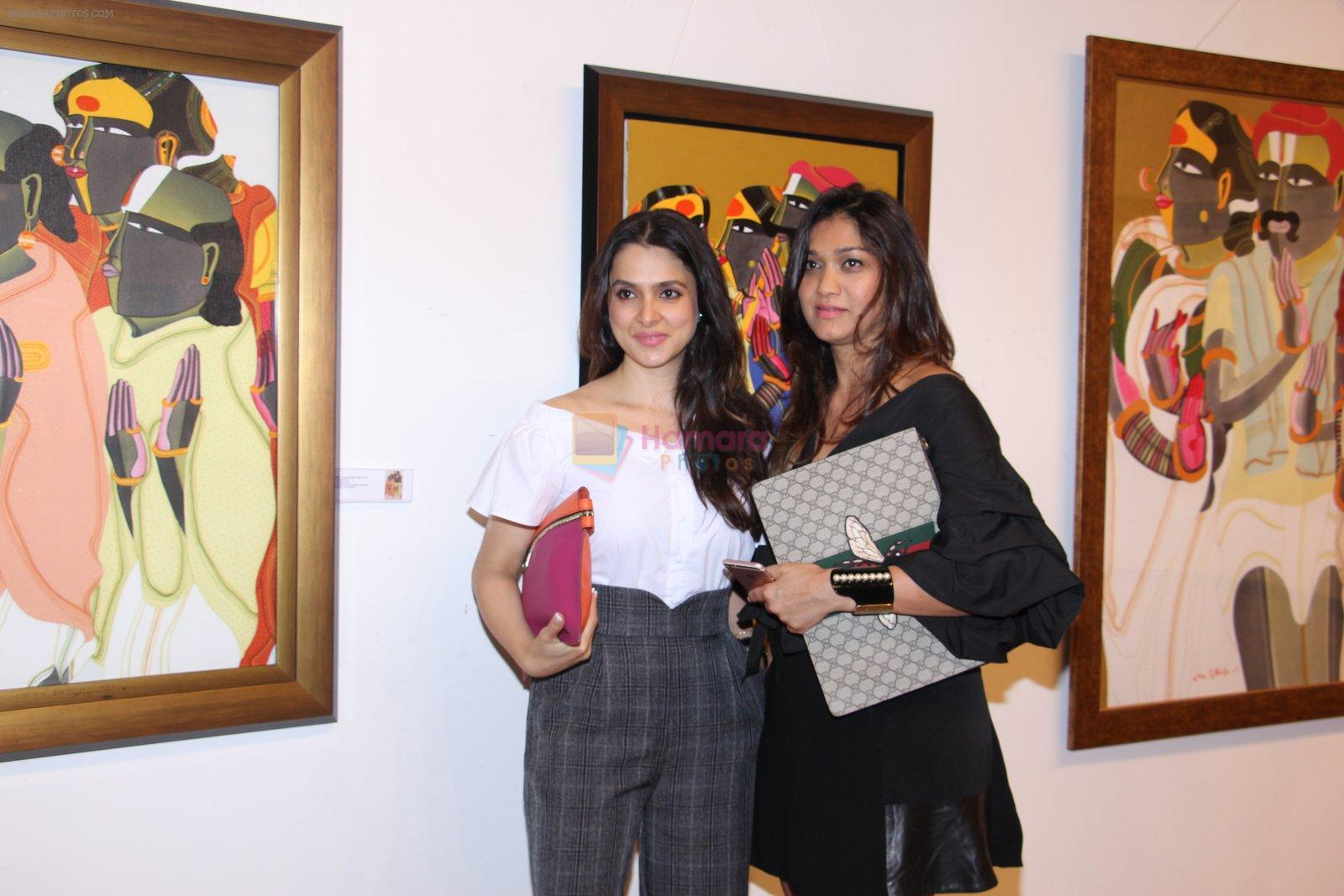 Tania Deol at Thota Vaikuntam art show hosted by India Fine Art on 15th Nov 2016