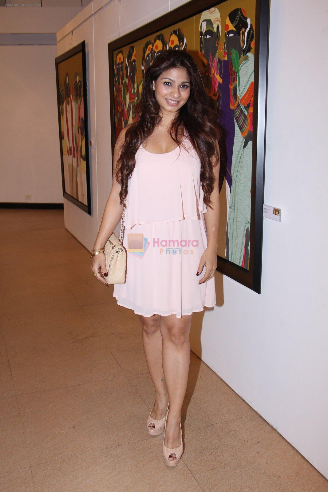 Tanisha Mukherjee at Thota Vaikuntam art show hosted by India Fine Art on 15th Nov 2016