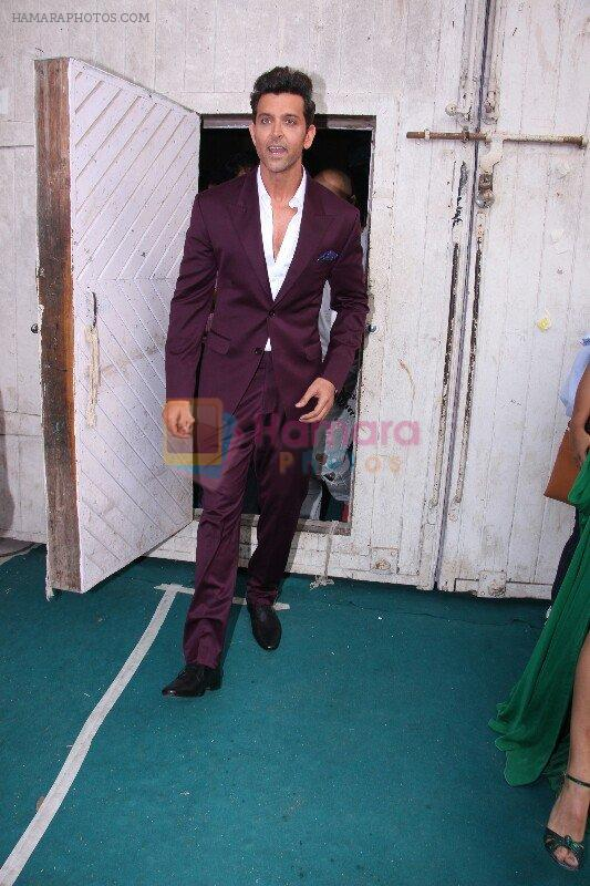 Hrithik Roshan snapped at Mehboob on 16th Nov 2016