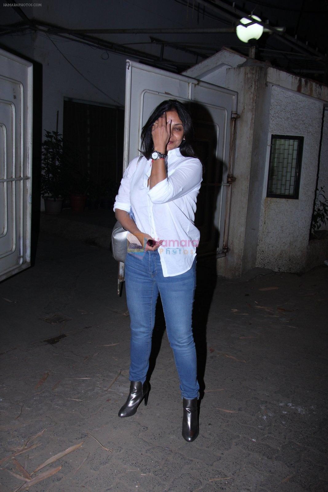 Shefali Shah at Force 2 screening at Sunny Super Sound on 17th Nov 2016
