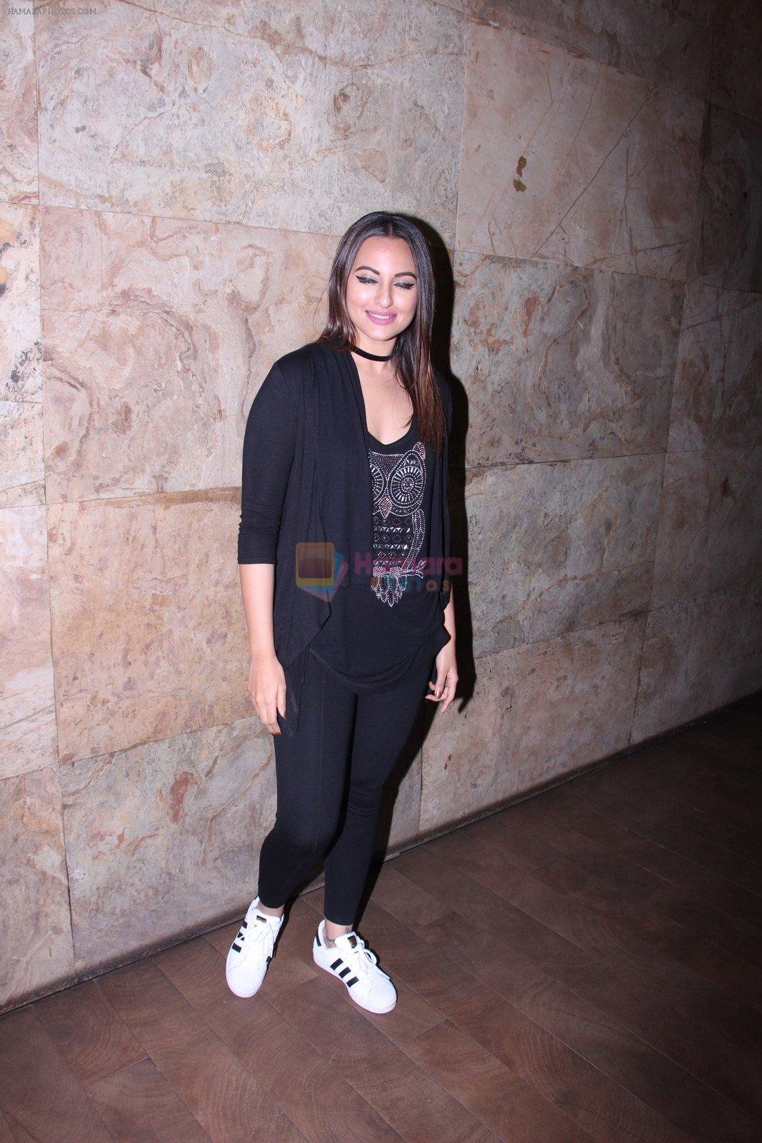 Sonakshi Sinha at Force 2 screening in Lightbox on 17th Nov 2016