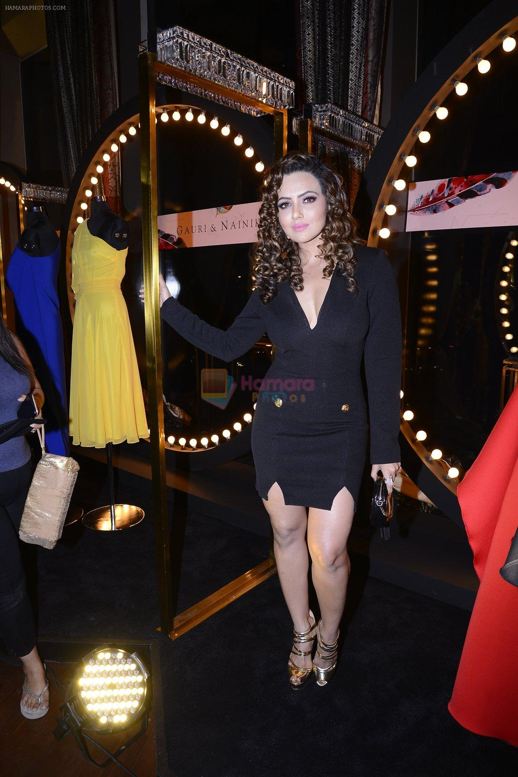 Sana Khan at Koovs launch by Gauri and Nainika on 17th Nov 2016