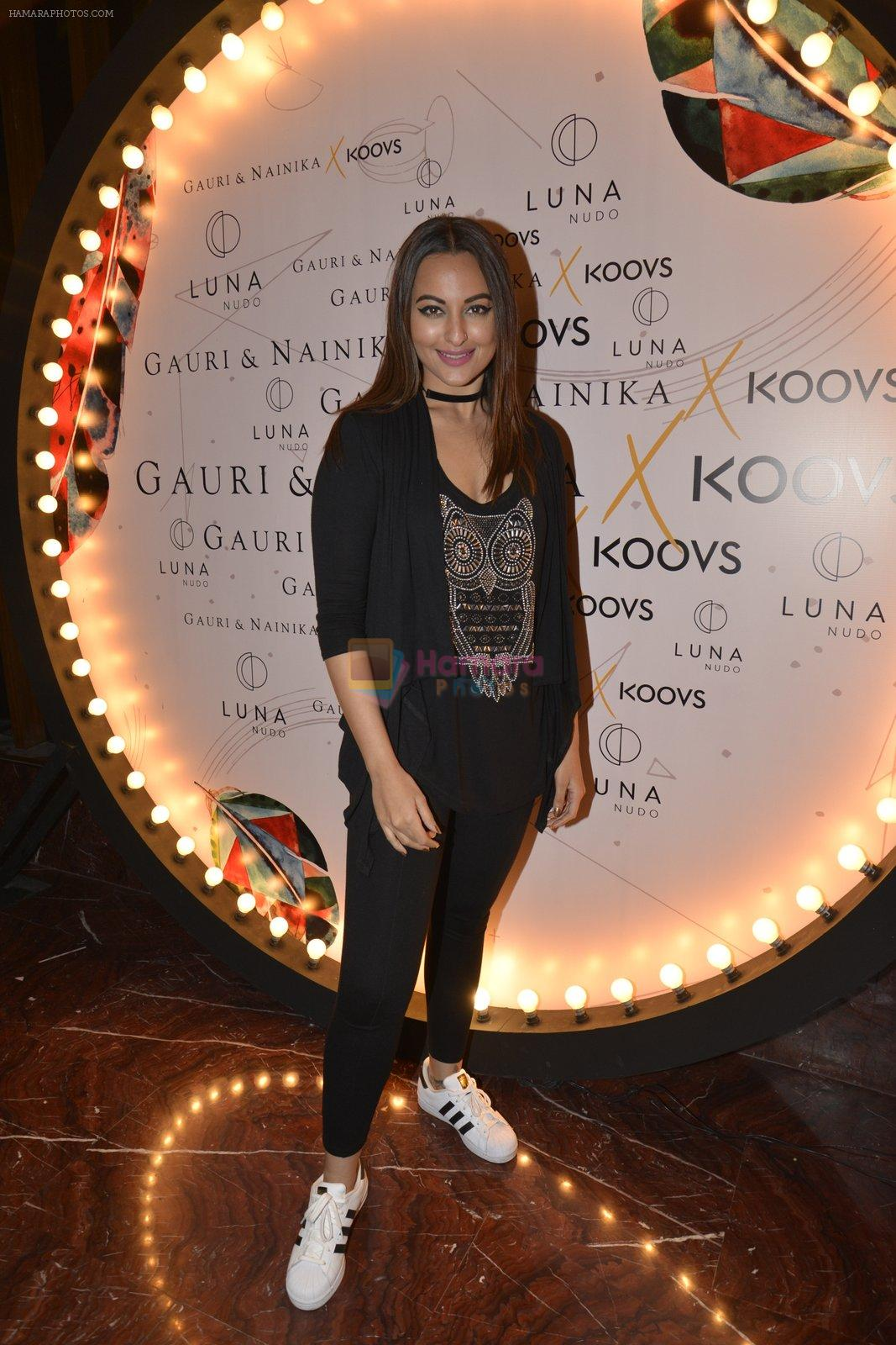 Sonakshi Sinha at Koovs launch by Gauri and Nainika on 17th Nov 2016