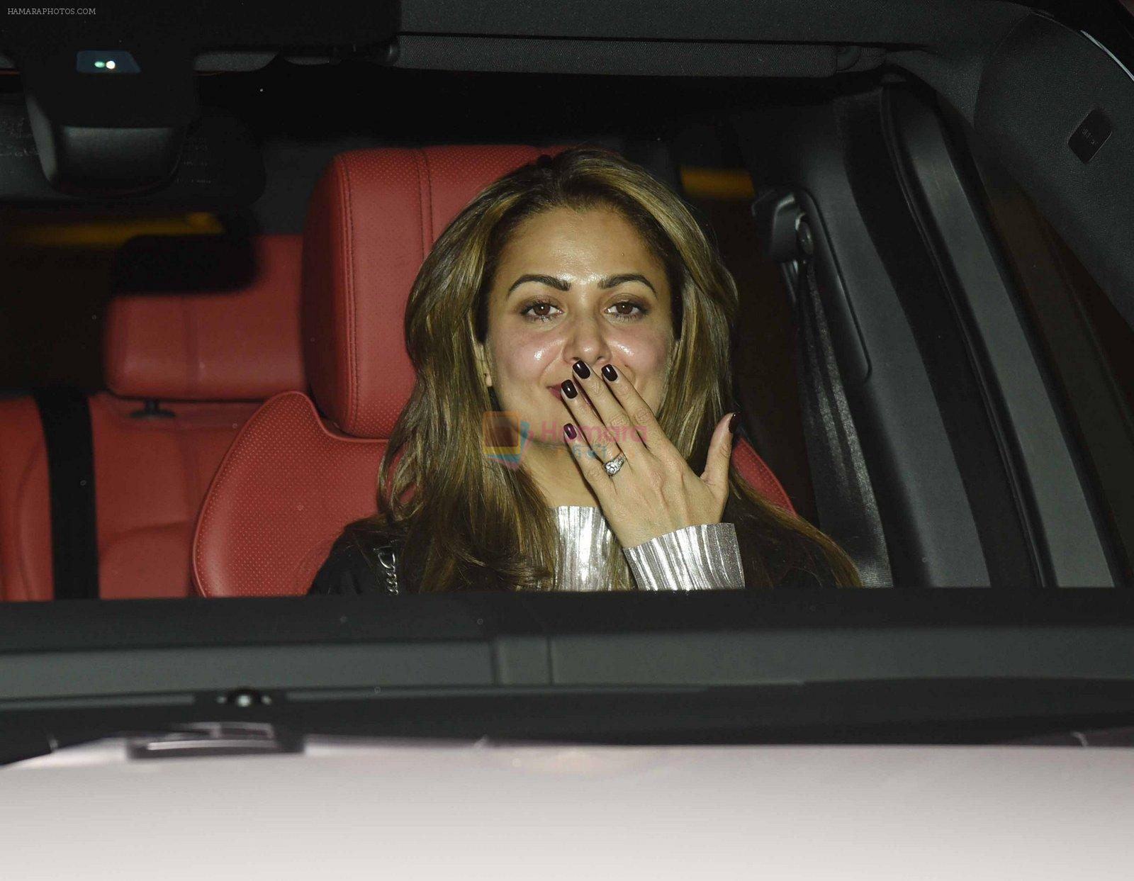 Amrita Arora at Arpita Khan anniversary bash in Mumbai on 17th Nov 2016