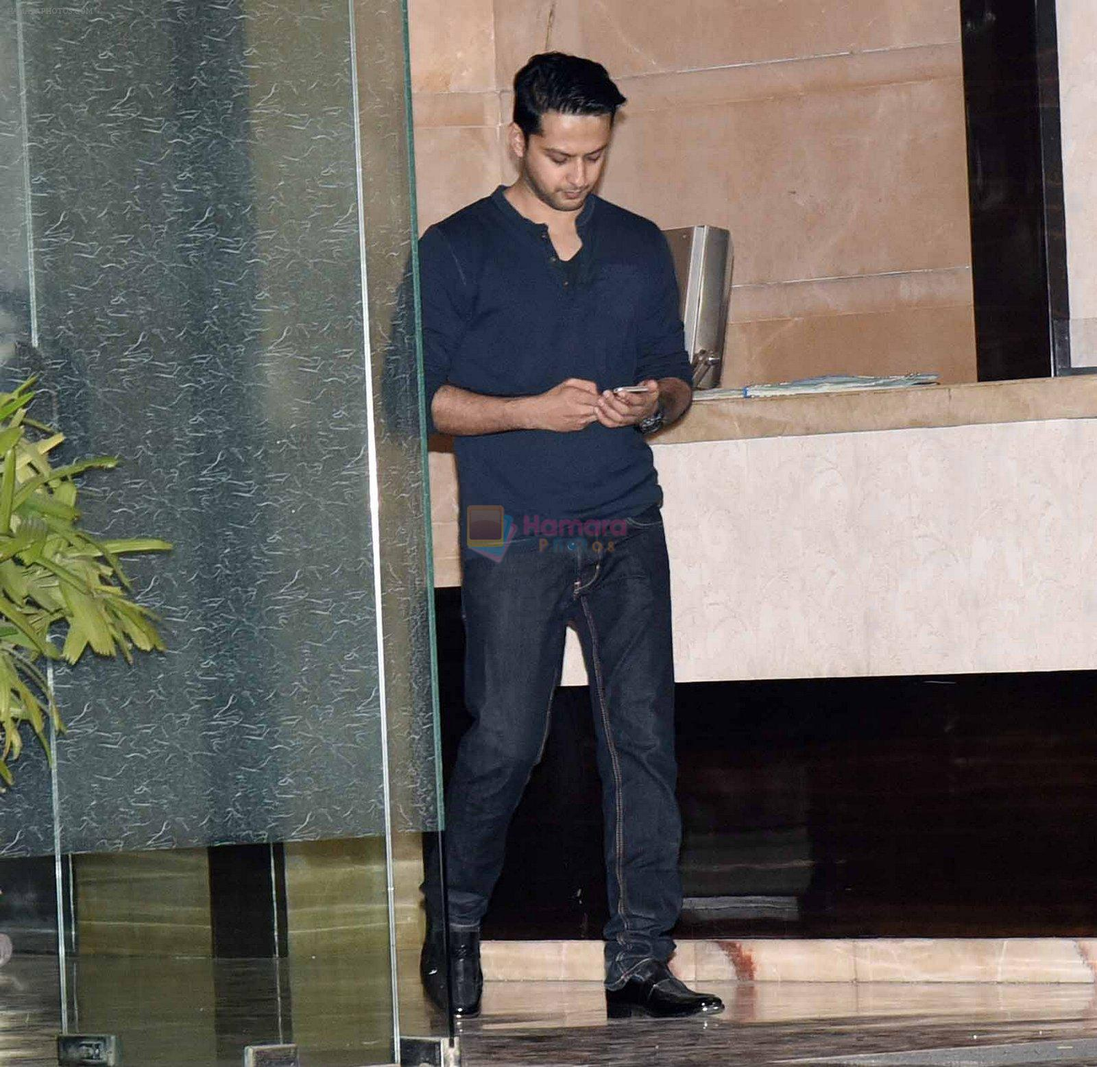 Vatsal Seth at Arpita Khan anniversary bash in Mumbai on 17th Nov 2016