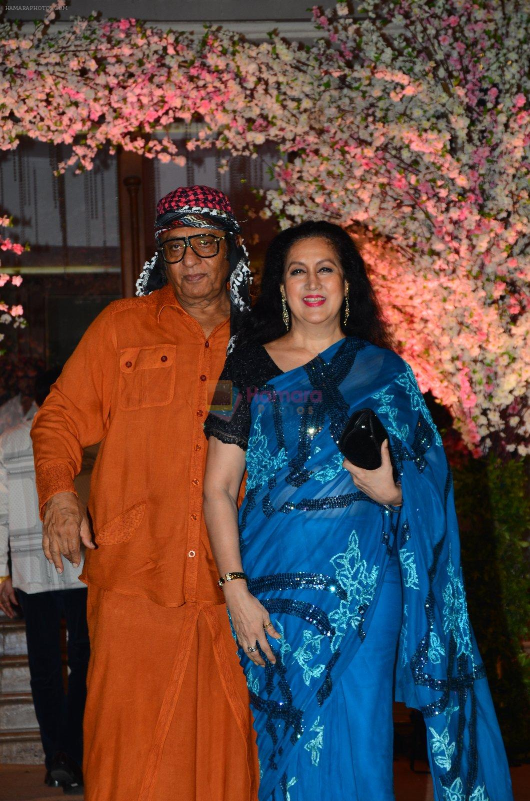 Ranjeet at Wedding reception of stylist Shaina Nath daughter of Rakesh Nath on 17th Nov 2016