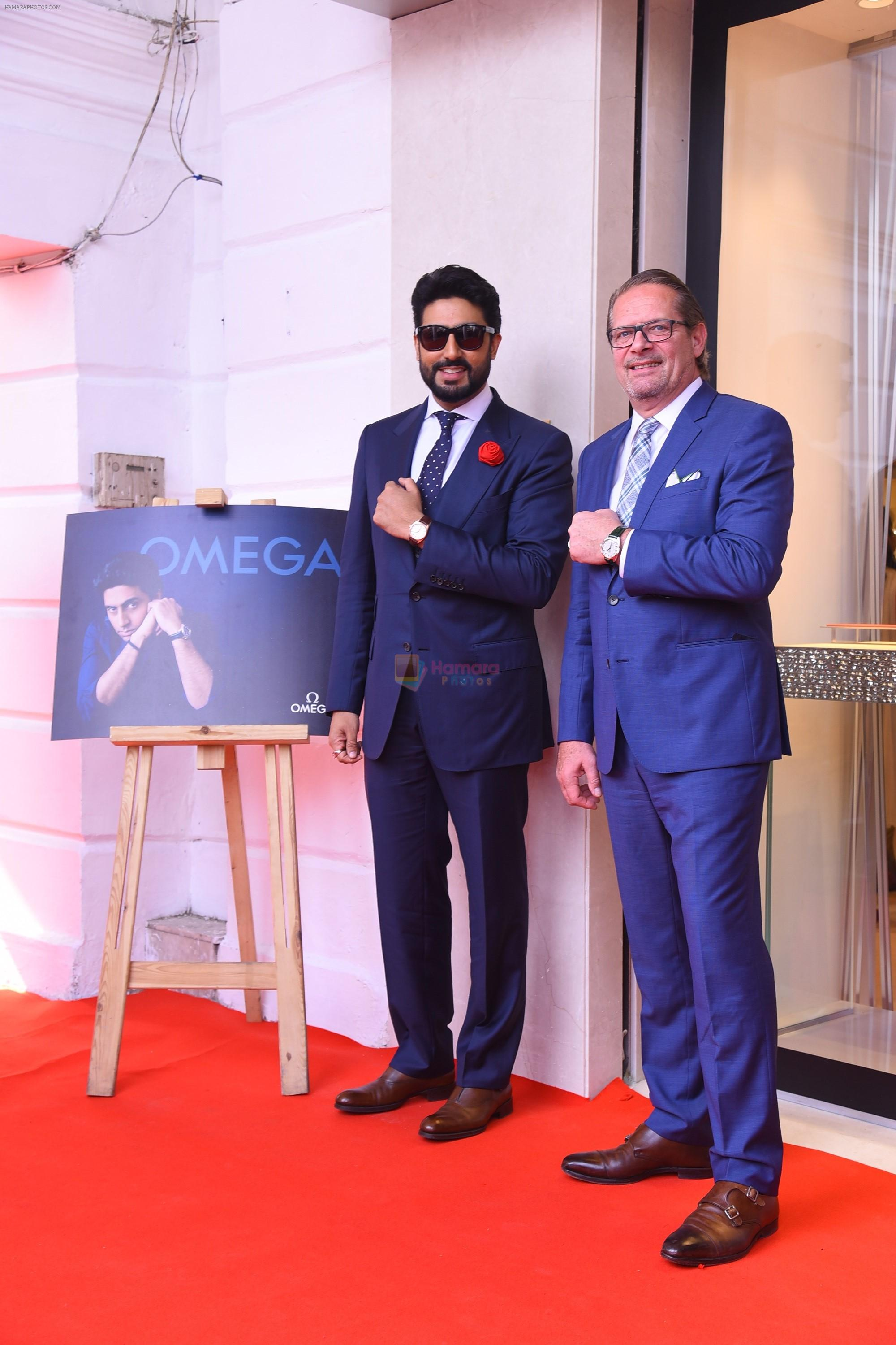 Abhishek Bachchan joins OMEGA in Delhi to celebrate the success of the World�s First Master Chronometer on 18th Nov 2016