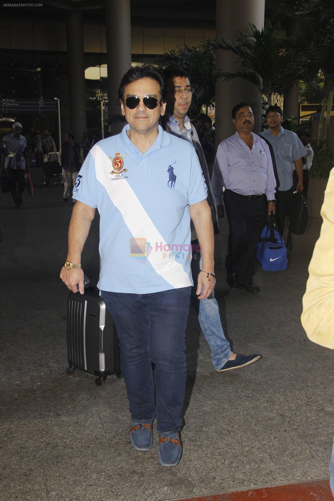 Adnan Sami snapped at airport on 20th Nov 2016
