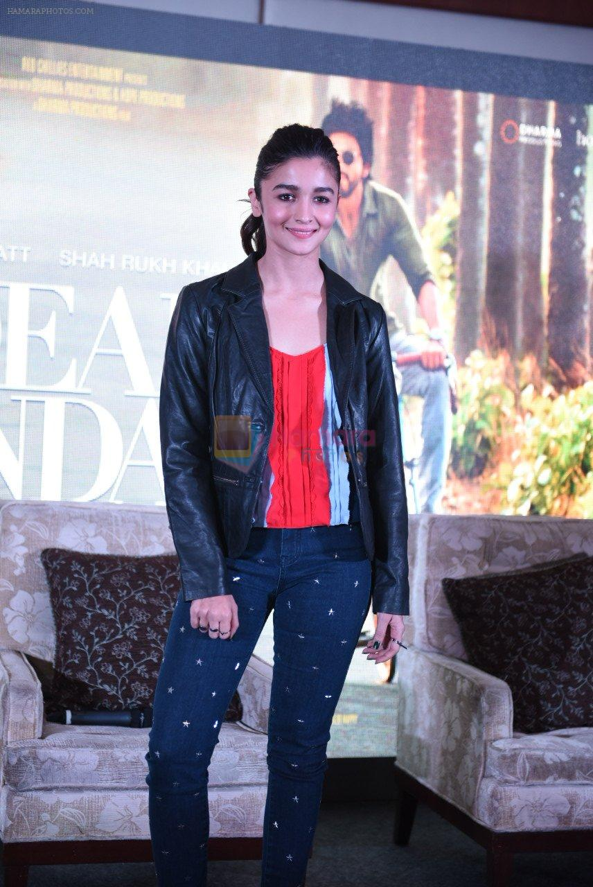 Alia Bhatt at Dear Zindagi press meet on 22nd Nov 2016