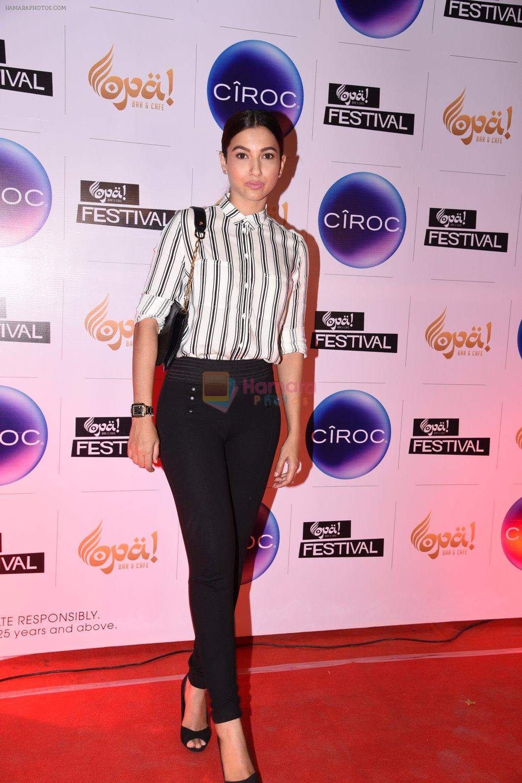 Gauhar Khan at Opa Anniversary bash hosted by Andi on 22nd Nov 2016