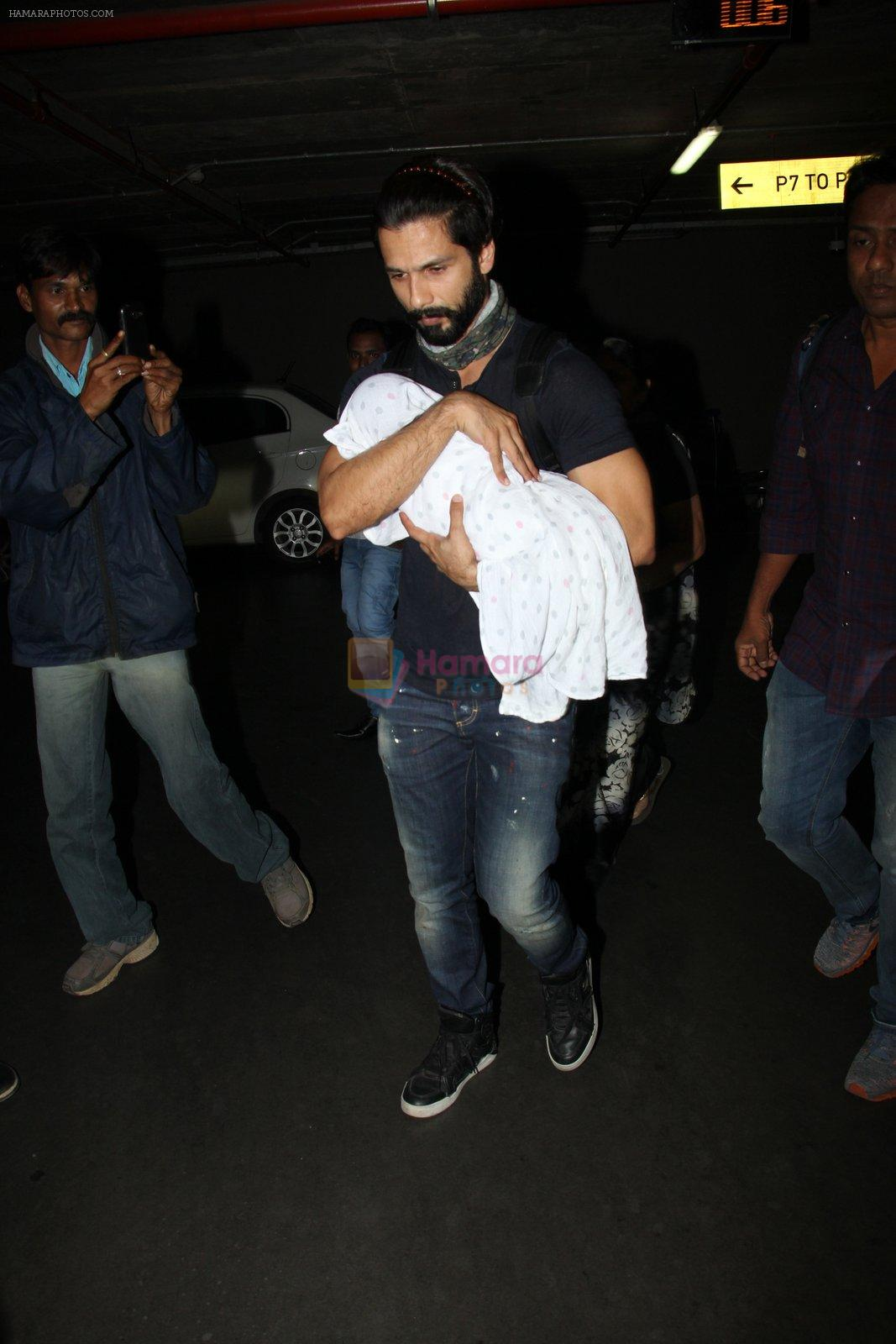 Shahid Kapoor snapped on 22nd Nov 2016