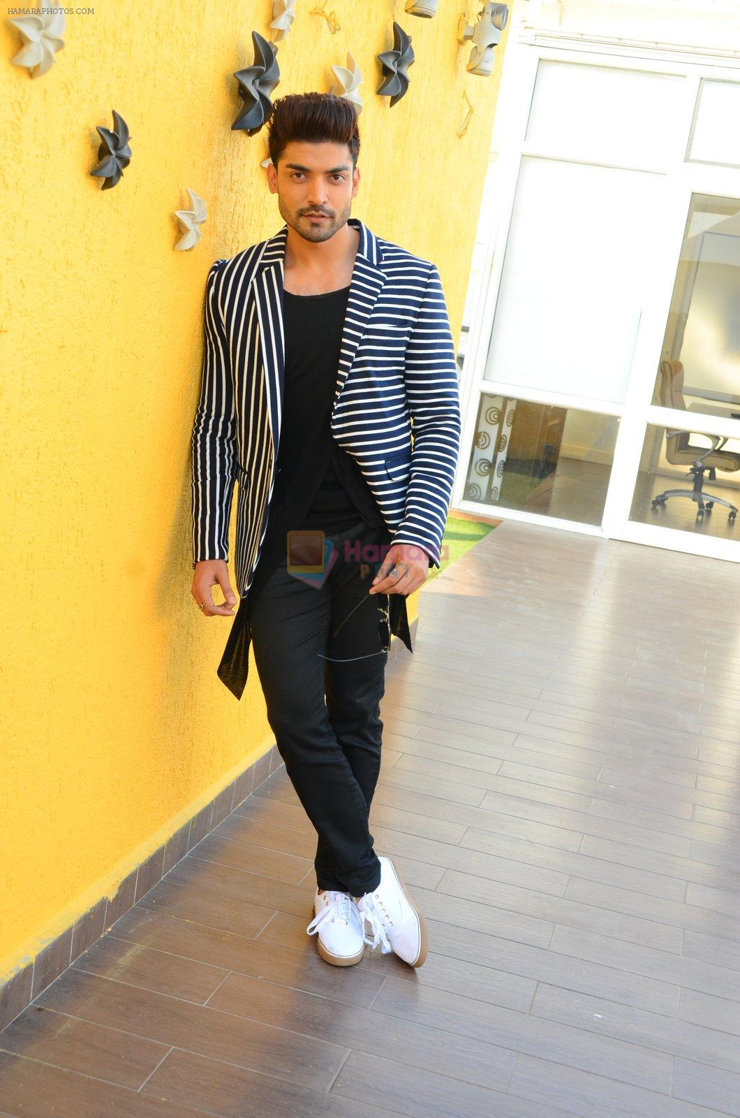 Gurmeet Choudhary at Wajah Tum Ho film promotions in Mumbai on 22nd Nov 2016
