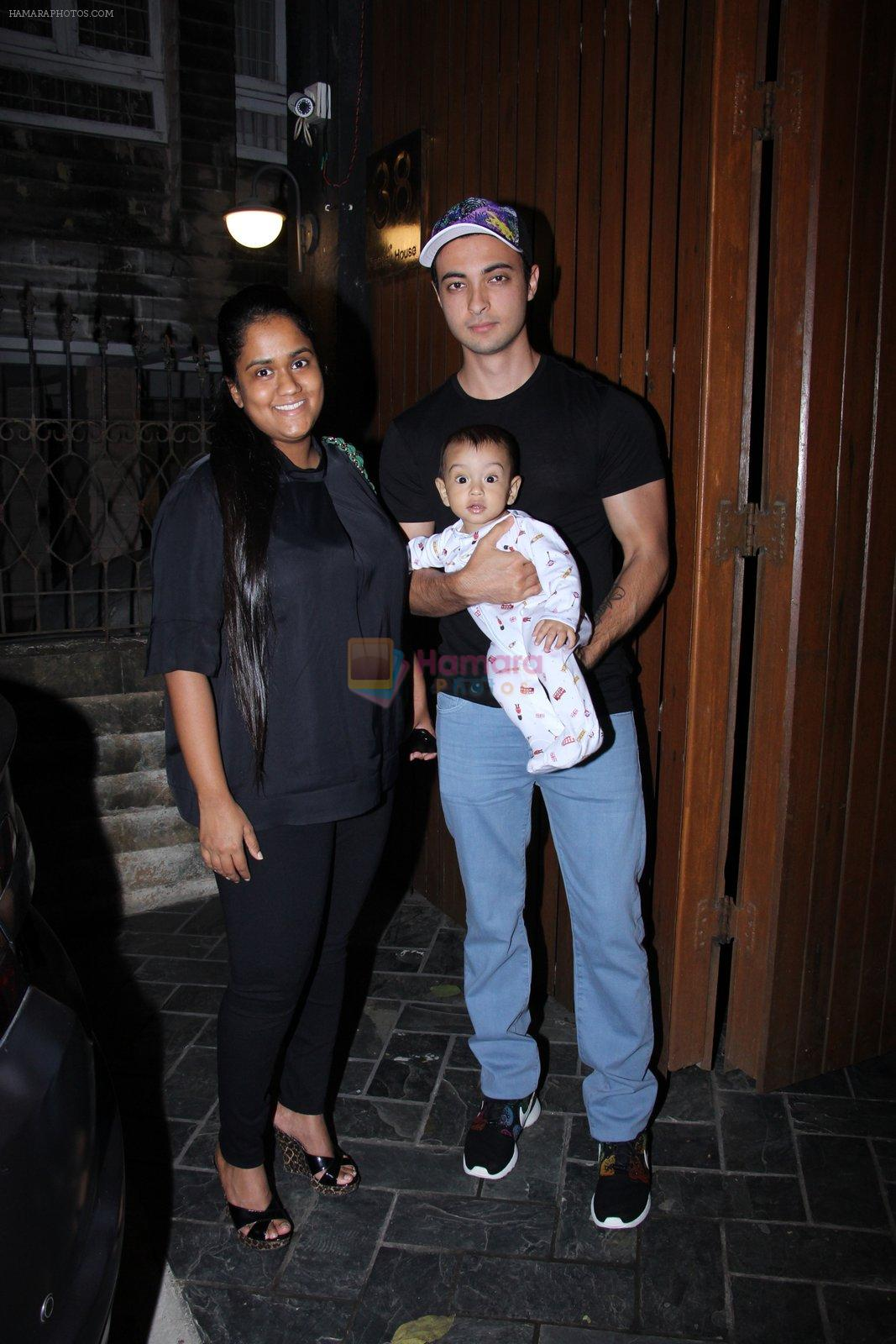 Arpita Khan at Deanne Pandey hosts bash for Aayush and Arpita on 23rd Nov 2016