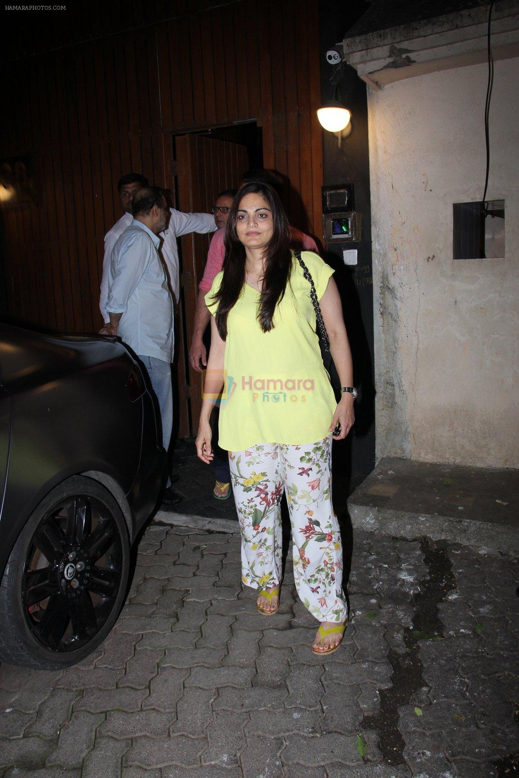 Alvira Khan at Deanne Pandey hosts bash for Aayush and Arpita on 23rd Nov 2016