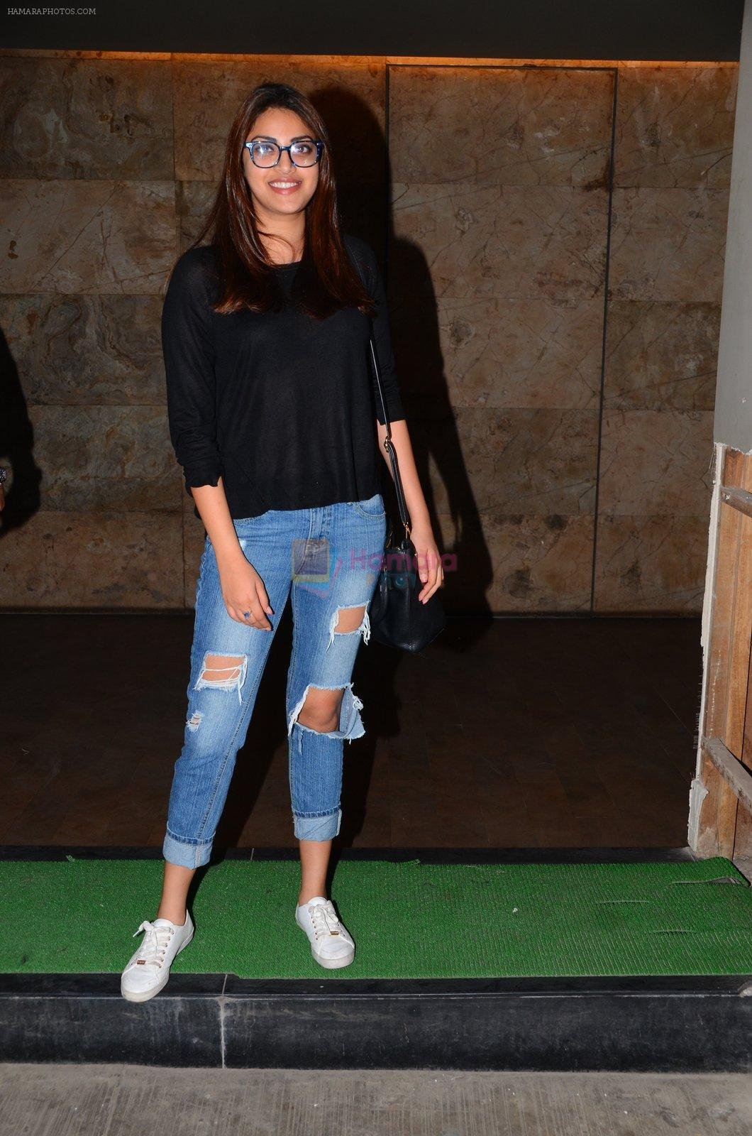 Anushka Ranjan at Dear Zindagi screening in Mumbai on 24th Nov 2016