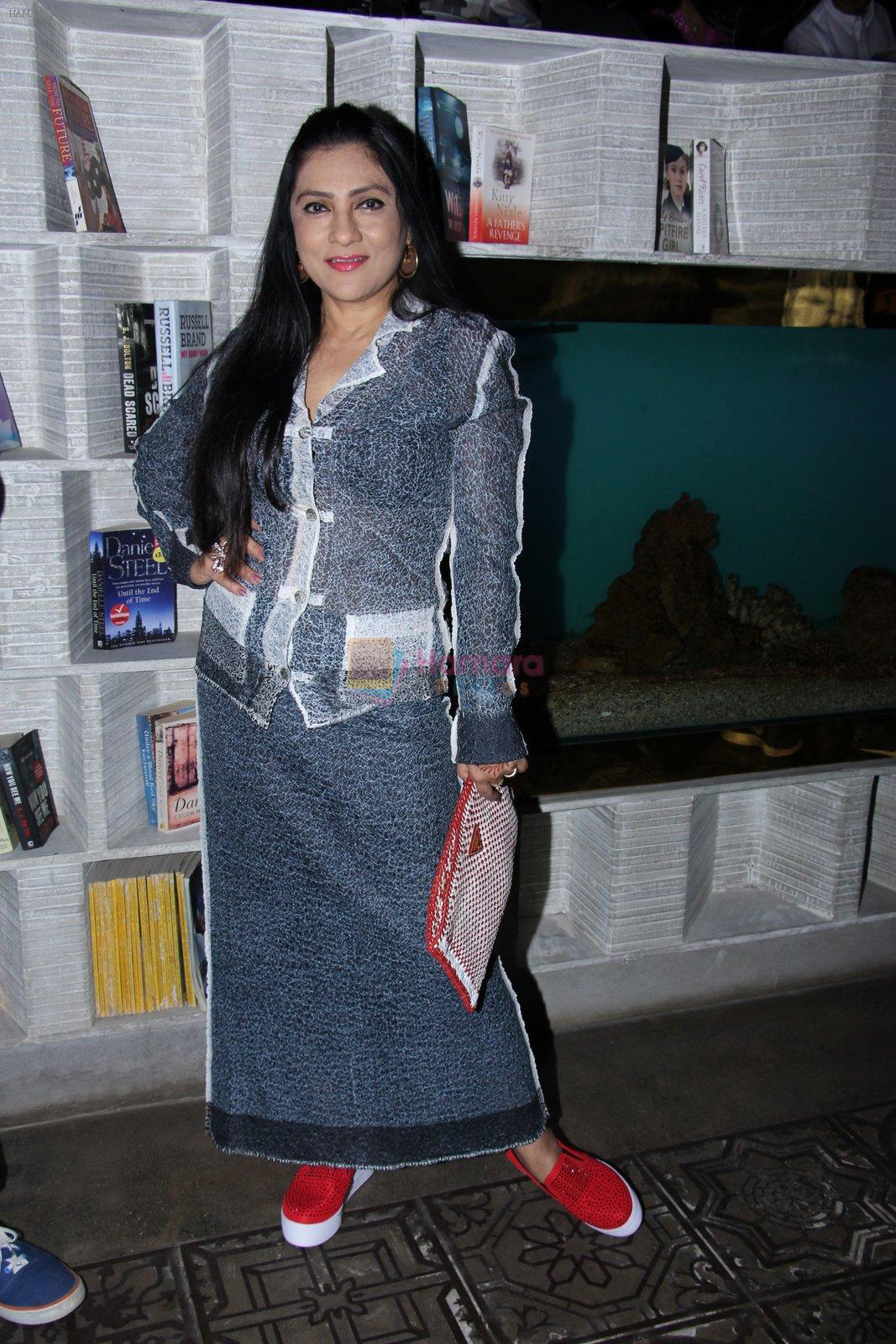 Aarti Surendranath at Ritika and Kunal Vardhan's Spare Kitchen launch in Atria Mall on 25th nov 2016