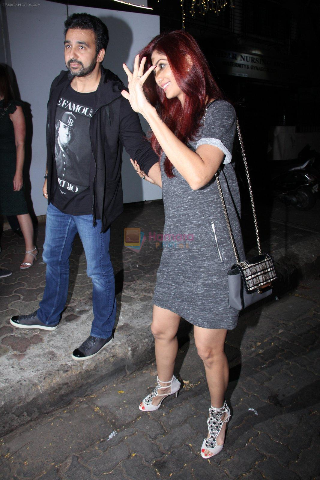Shilpa Shetty, Raj Kundra snapped in Mumbai on 26th Nov 2016