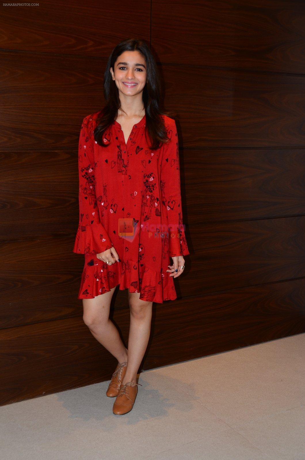 Alia Bhatt photo shoot in Mumbai on 27th Nov 2016