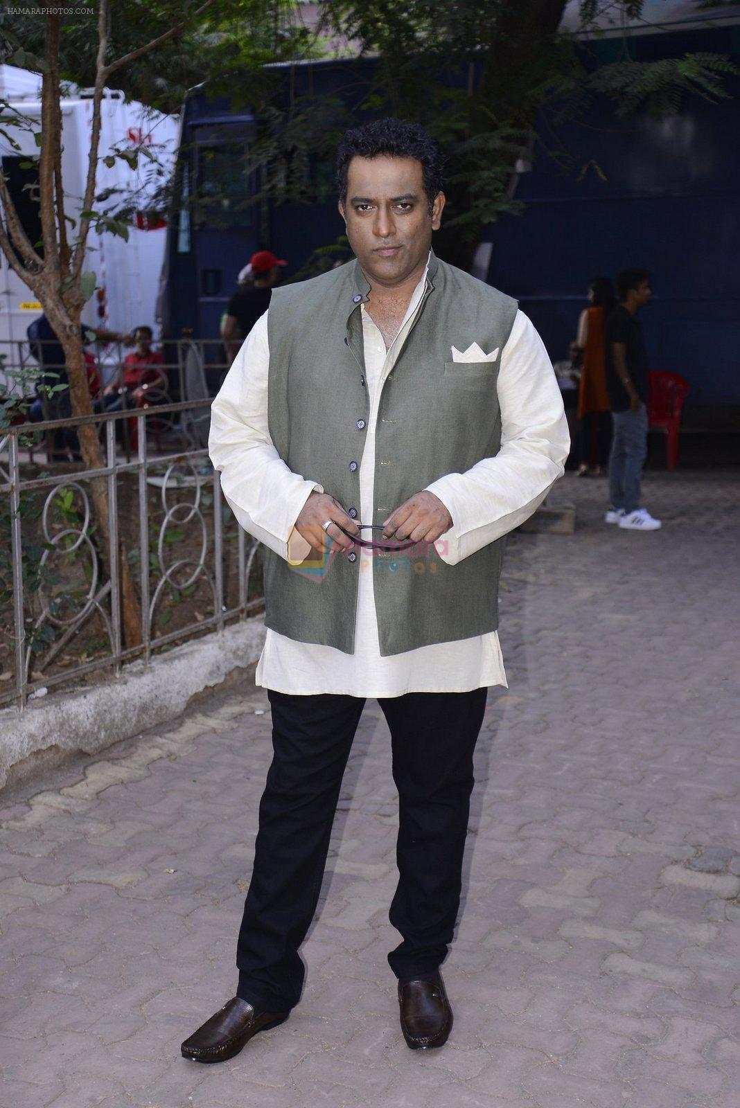 Anurag Basu on the sets of Super Dancer on 27th Nov 2016