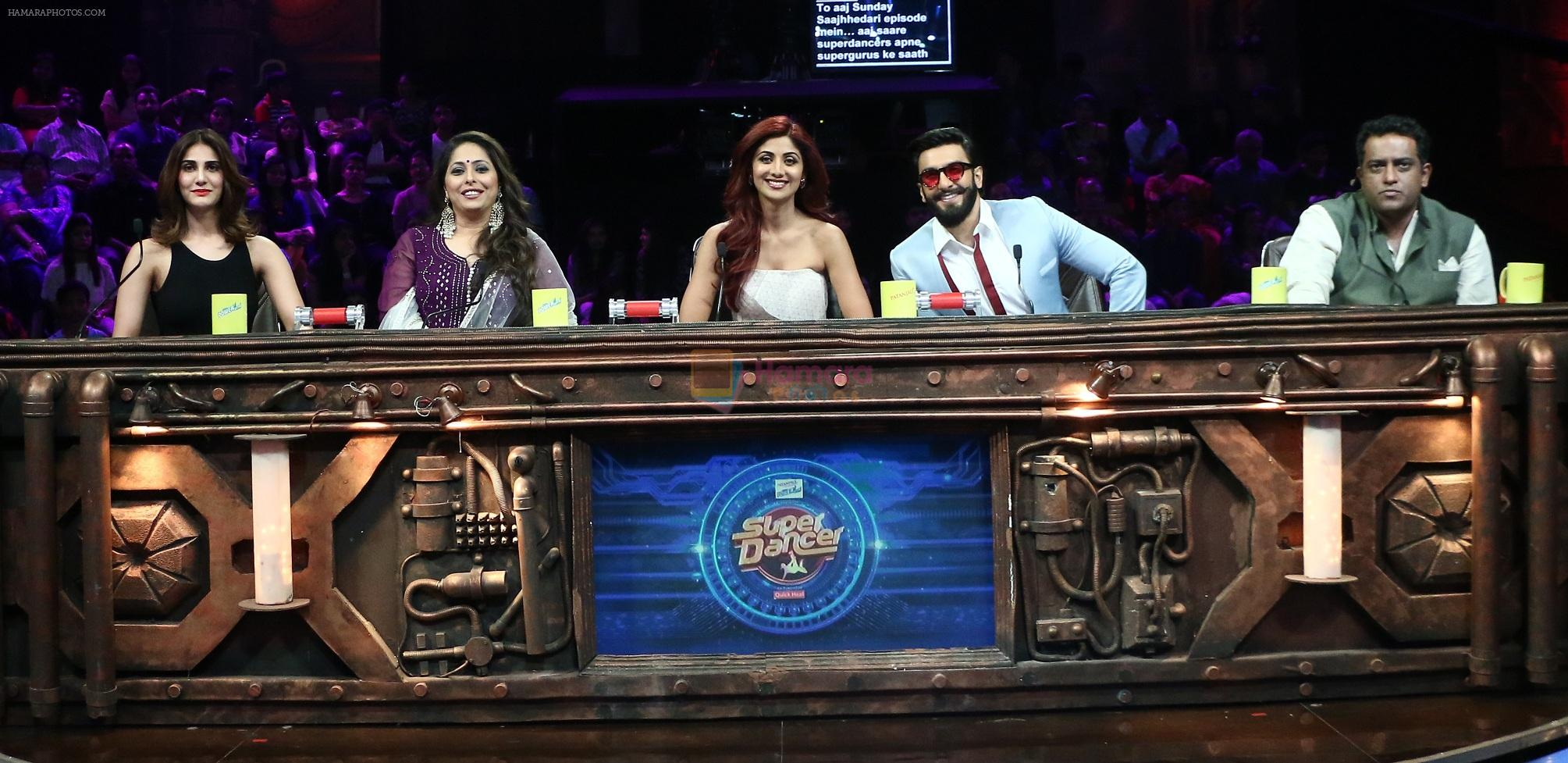 Vaani Kapoor on the sets of Super Dancer on 27th Nov 2016