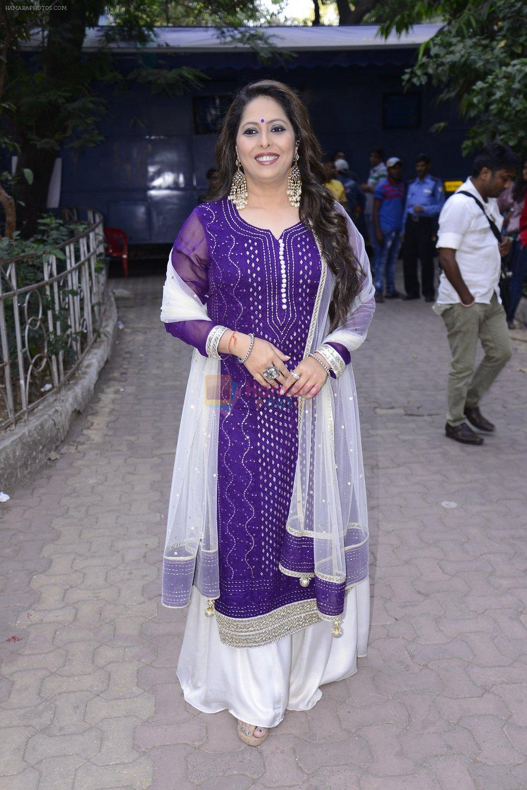 Geeta Kapoor on the sets of Super Dancer on 27th Nov 2016