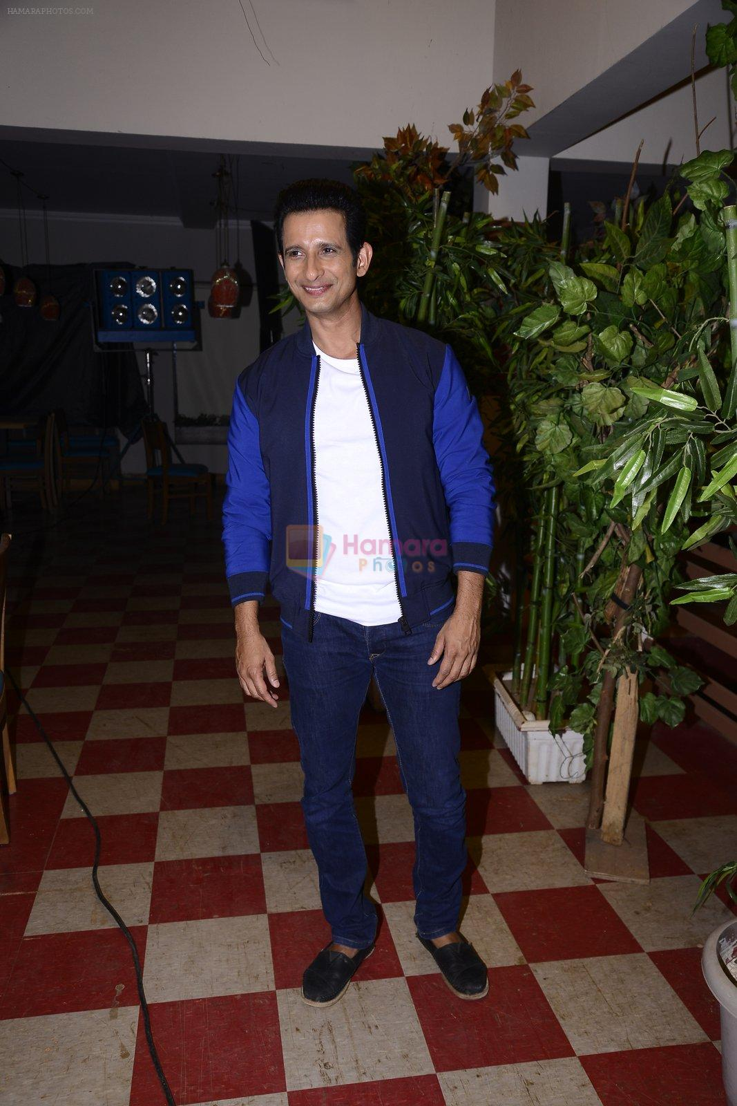 Sharman Joshi at May I come in Madam on location in Mumbai on 28th Nov 2016