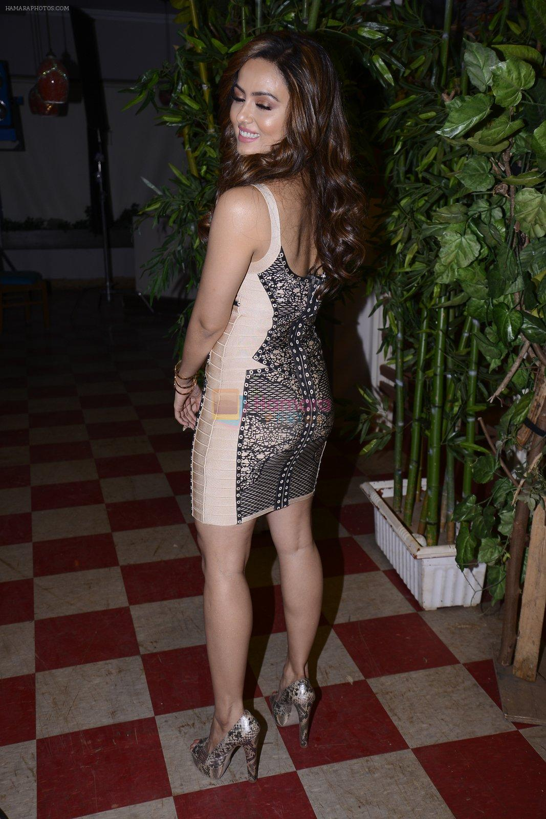 Sana KHan at May I come in Madam on location in Mumbai on 28th Nov 2016