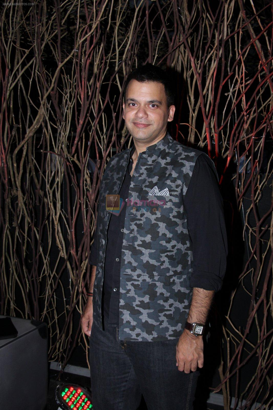 Nachiket Barve at Vogue India Fashion Fund Event on 29th Nov 2016