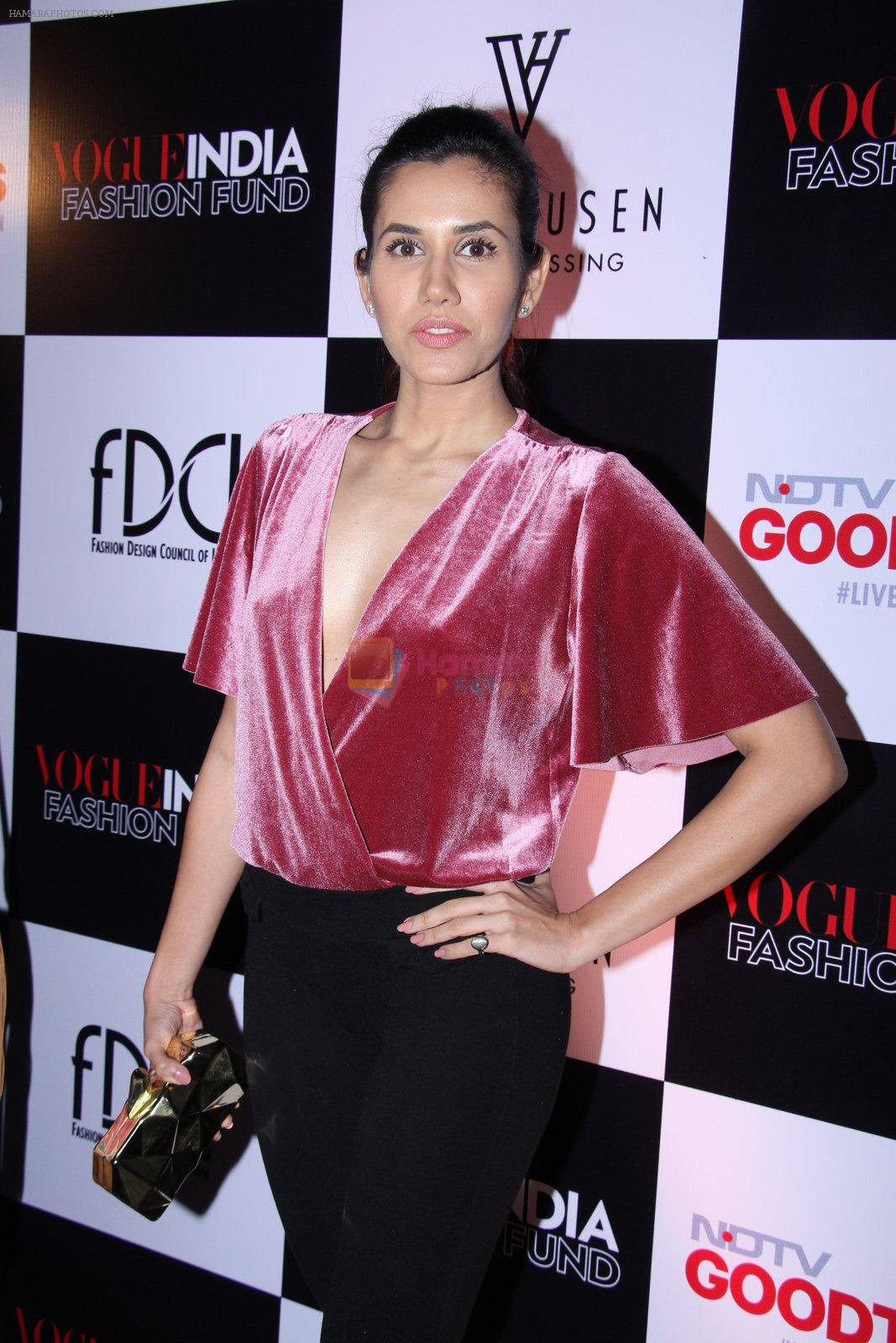 Sonnalli Seygall at Vogue India Fashion Fund Event on 29th Nov 2016