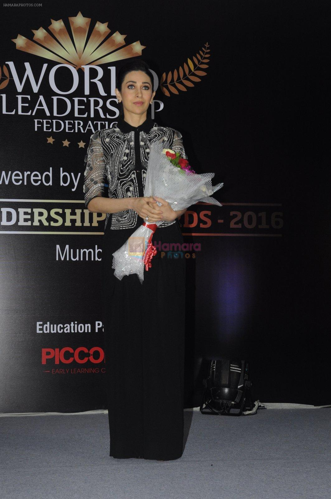 Karisma Kapoor at India Leadership awards on 30th Nov 2016