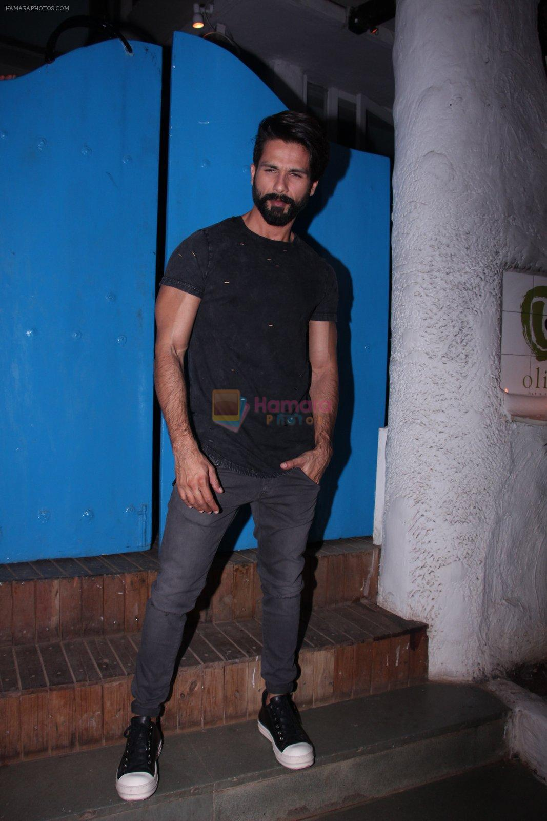 Shahid Kapoor at Kunal Rawal's Party on 30th Nov 2016